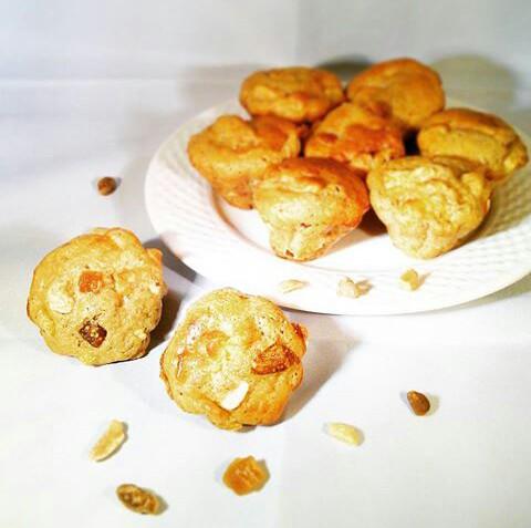 muffins-aux-pommes-abricots-figues-amandes