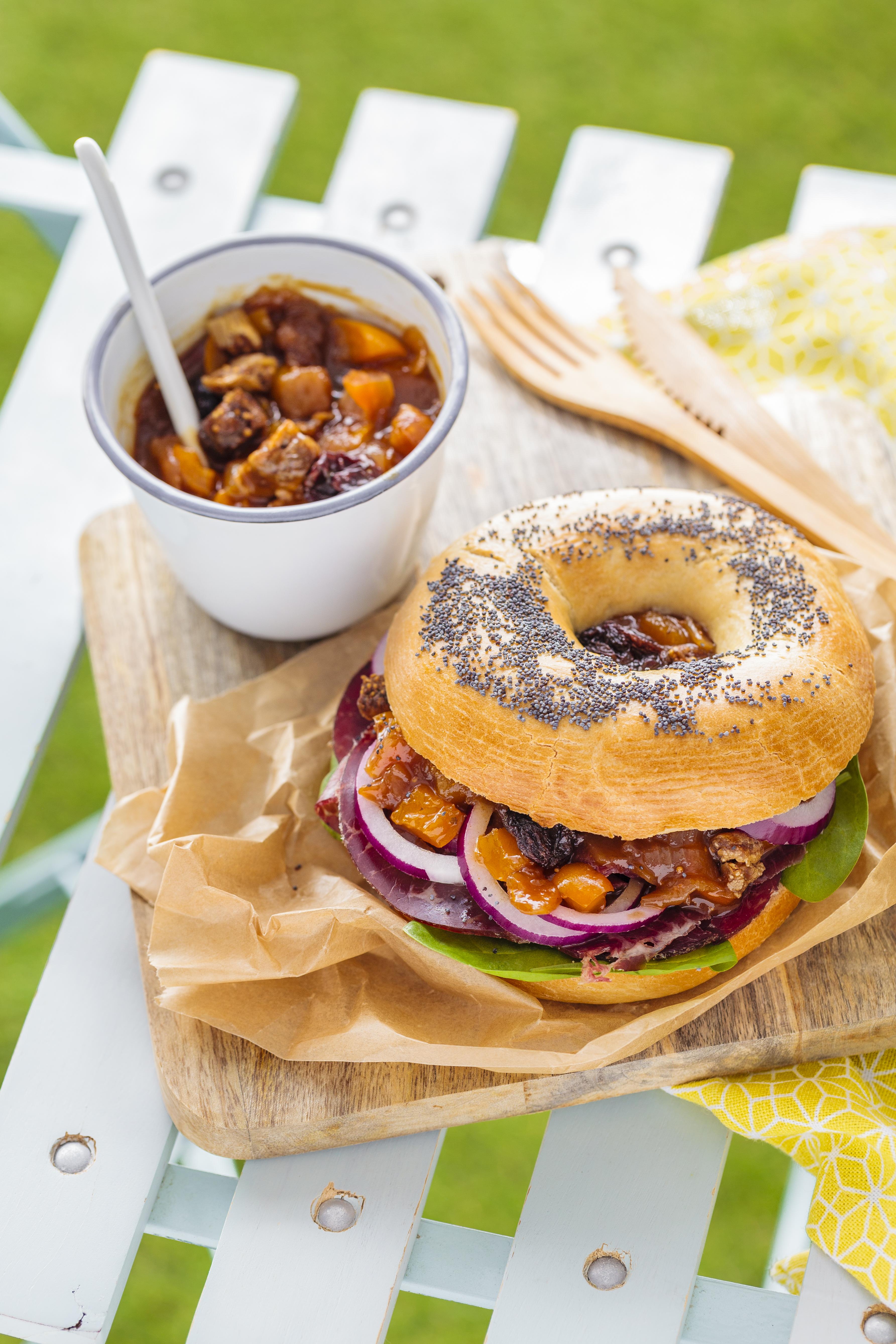 bagel chutney oignon-poivron-encas abricot-figues-raisins